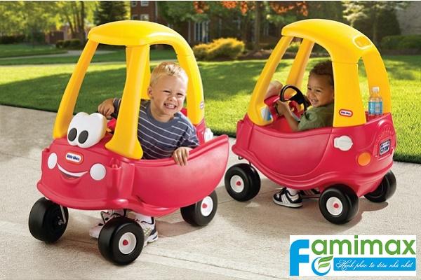 Xe ô tô trẻ em đạp chân