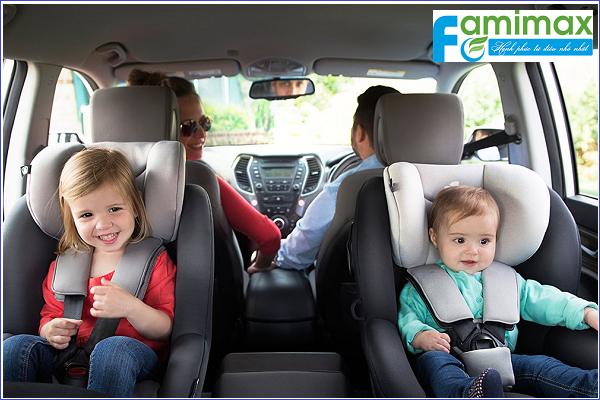 Ghế ngồi ô tô cho bé loại nào tốt?