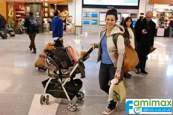 Giá xe đẩy du lịch cho bé?